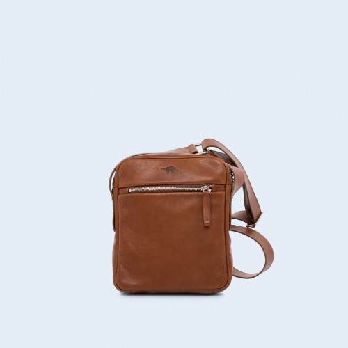 Nonconformist Messenger small bag cognac